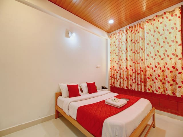 OYO - Cozy Home near Parampara Resort(Marked Down!)