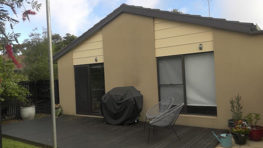 Ocean Grove holiday unit