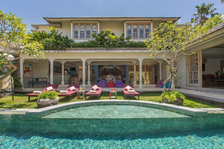 A Unique 3 Bedroom Villa in The Heart of Seminyak;