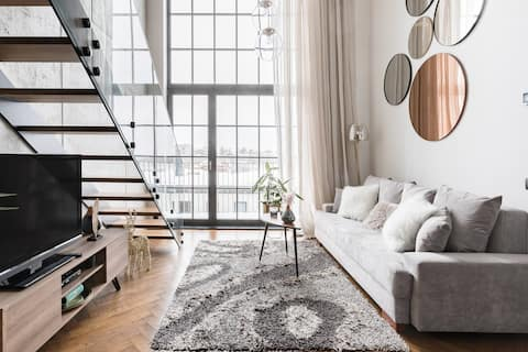 Upscale Sea-View Loft with Sauna in Heart of Town
