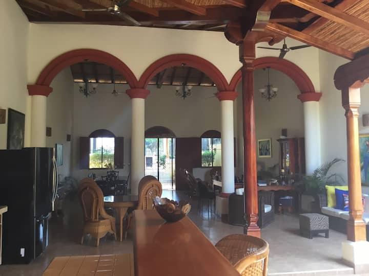 BnB Los Tucanes Maison coloniale/Décor chaleureux