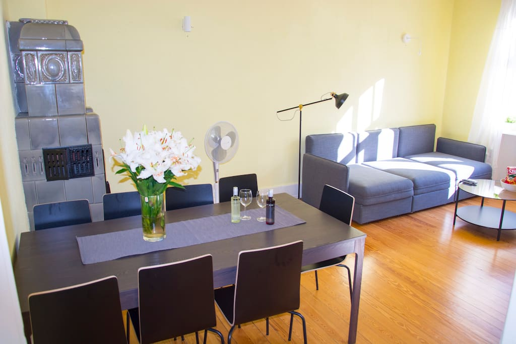 living room - 3 separate single beds