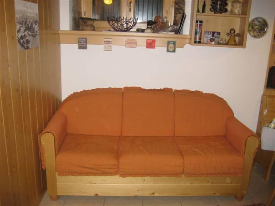 Divano letto in salotto