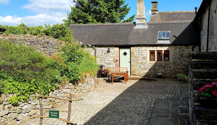 Chestnut Farm Holiday Cottages- The Dairy-Sleeps 2