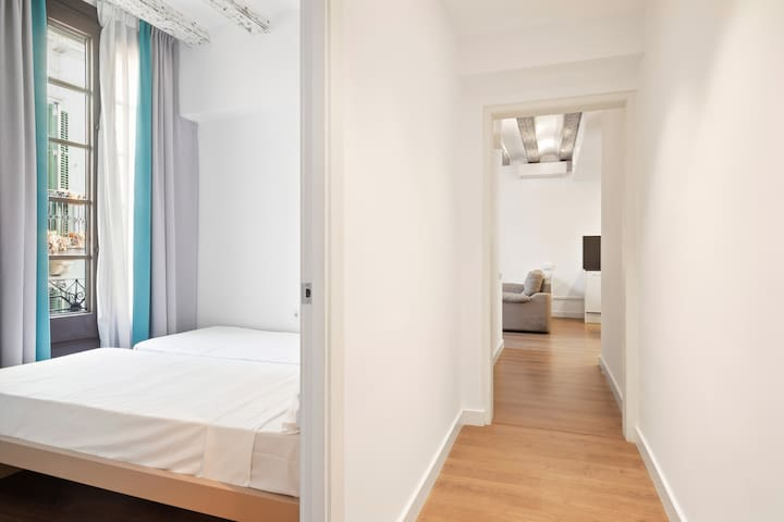 Bright 3Bed sleeps 7,  5mins to tube in Gracia