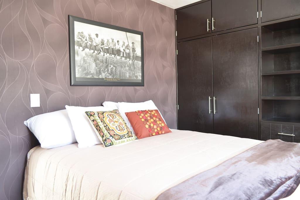 Recámara 2/Room 2 Queen Bed