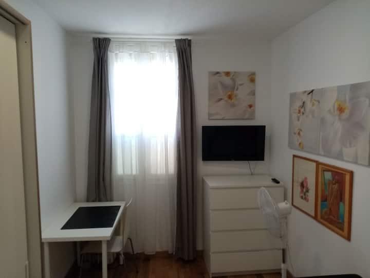 Habitación tranquila, TV, Fibra Óptica