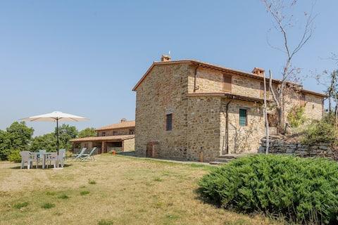 Casa de vacaciones rústica en Piegaro cerca del parque acuático Tavernelle