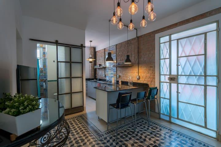 Full apartment in Havana. (apartamento  entero)