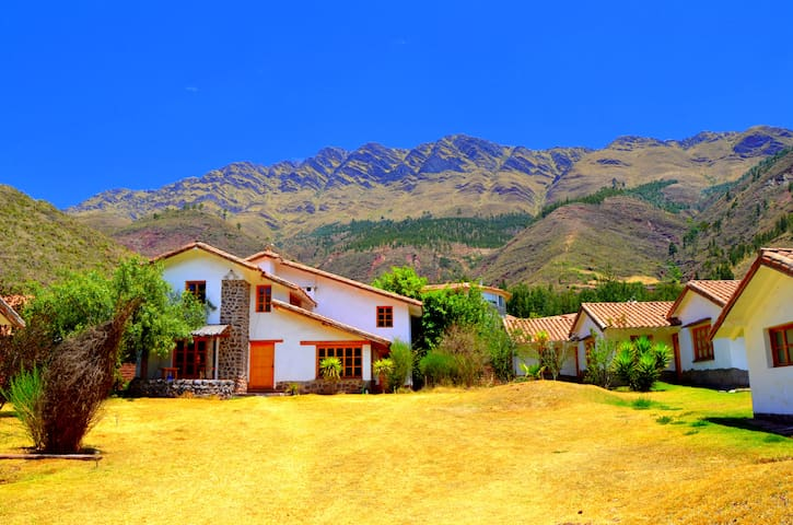 Casa Valicia