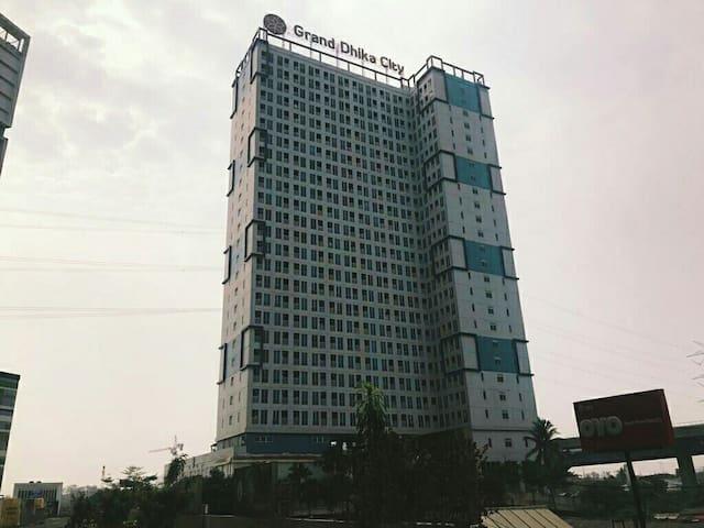 GrandDhika City Apartment (Bekasi Timur Toll Exit)