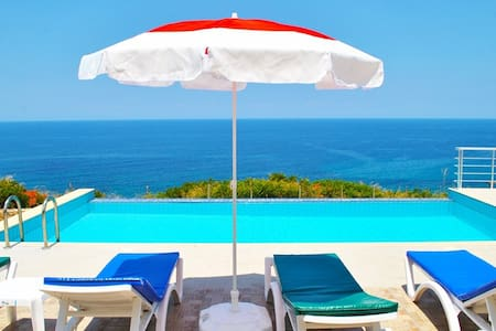 KB429 3 Bedroomed Villa w/Pool - Esentepe - Villa