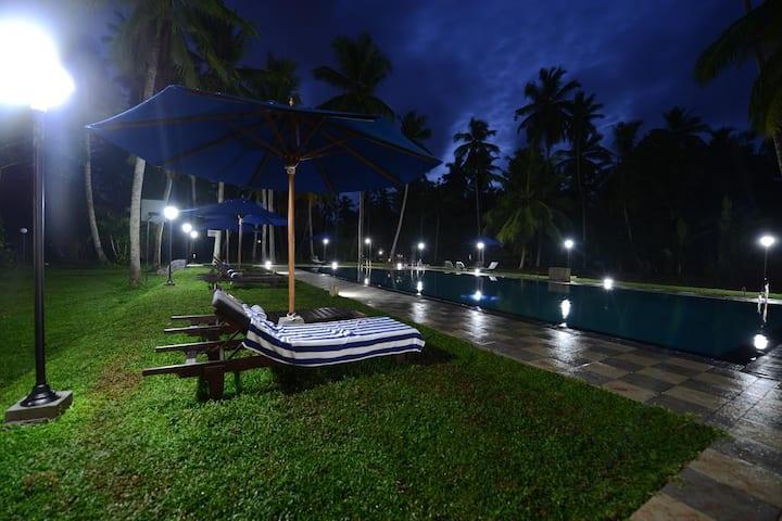 Pool Front Chalets @ Katunayake - Oreeka Hotels