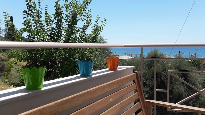"""Iviskos""-Studio 100m away from the beach"