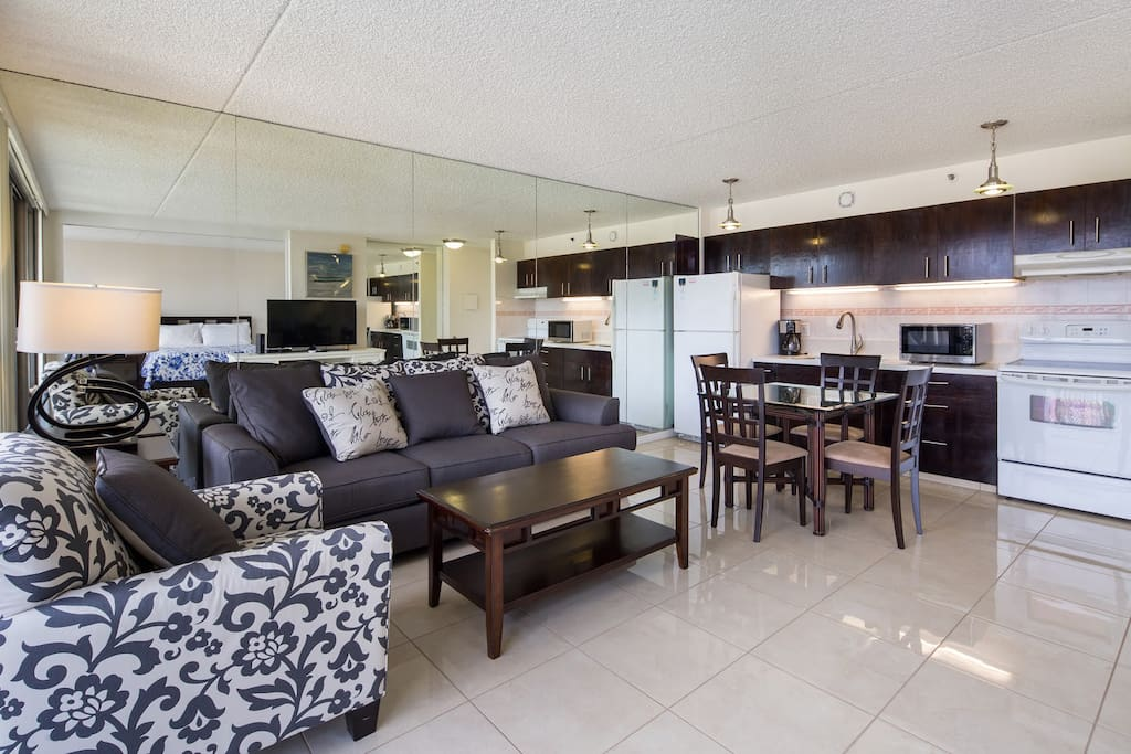 Specious living and dining area 2