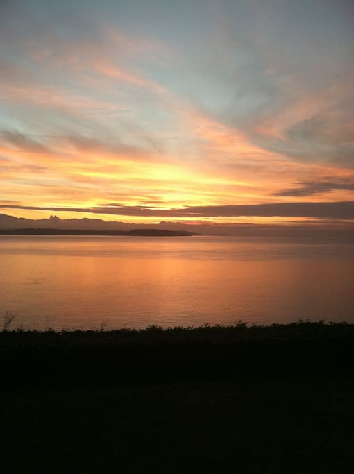 Sunsets over the Pacific ocean are breathtaking, quiet and restorative.