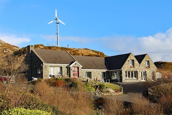 Cottage 335 - Clifden