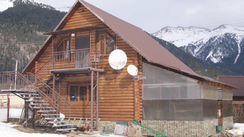 Горный Ручей - Arkhyz - Gästehaus