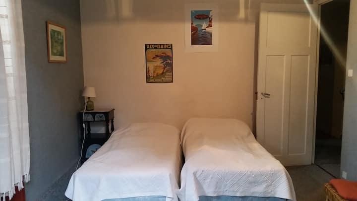 appt meublé 2 pièces dans villa à AIX-LES-BAINS