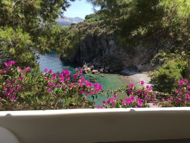 Villa sul mare con accesso privato alla spiaggia - Lipari - Villa