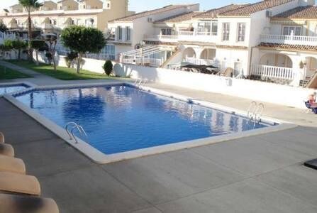 Apartamento en Gran Alacant 100018 - Monte Faro - Leilighet