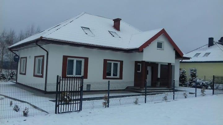 Pokoje niedaleko jeziora - Sząbruk