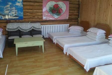 白哈巴的家娜仁房 - Altay - Cottage
