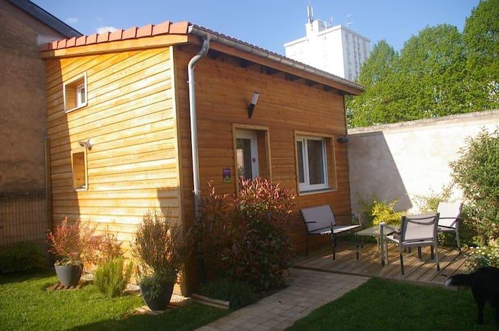 L' Annexe cabanon de jardin et spa