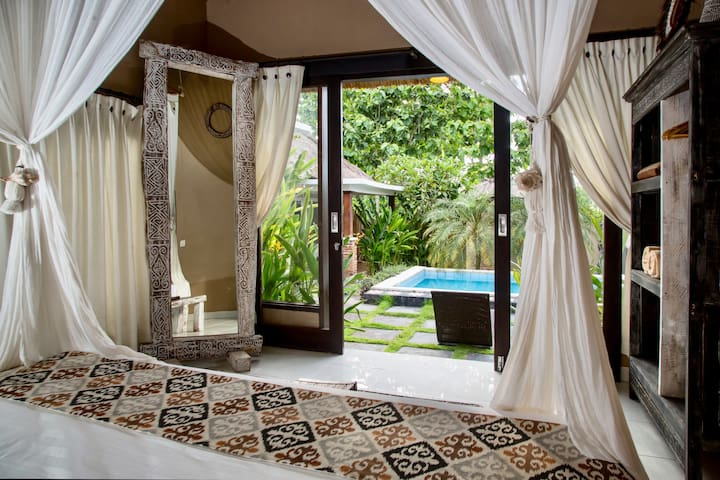 Boutique Room in Villa with Natural Open Bathroom.