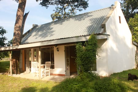 Private guest cottage on a farm 2 - Kitwe - Vendégház