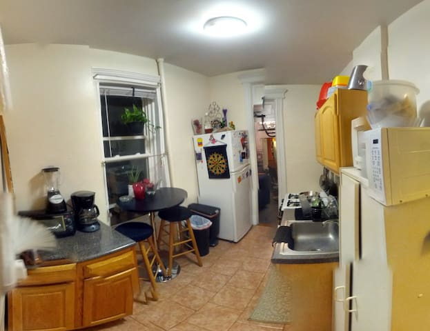 New Fully Furnished Private Room - Queens - Apartment