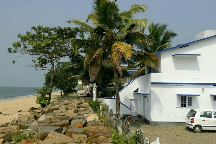 Zimmer Nr.:1, im Haus am Meer in Kerala, Südindien