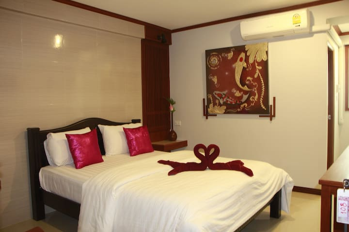 Superior room with double bed, TR guesthouse - Sukhothai - Guesthouse