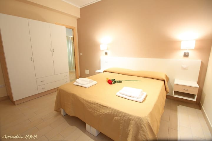 Arcadia B&B - Tropea - Room 1 - Tropea - Bed & Breakfast