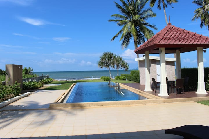 Luxury Villa on secluded beach - Taling Chan - Villa