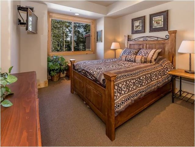 Master Bedroom - with private bathroom