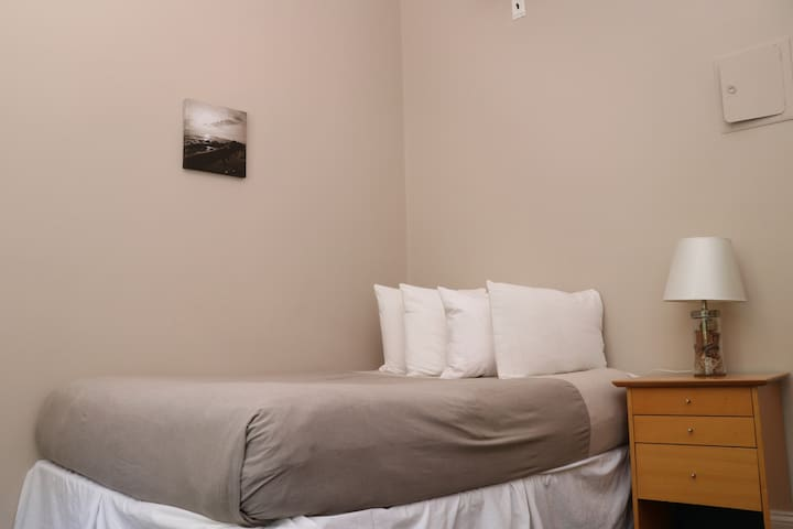 Stylish Downtown Studio in the SouthEnd, C.Ave# 43
