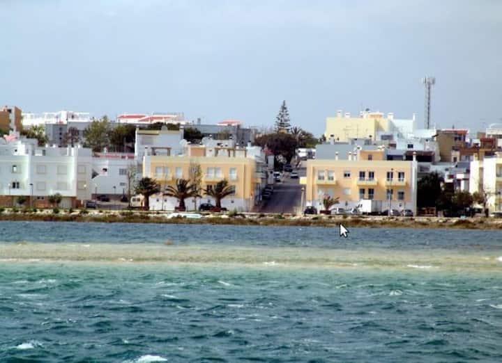 Apartamento de luxo frente a Praia
