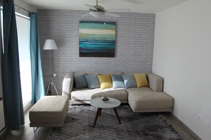 Perfect Place: 3 Bdr Apartment Contry - Tec Area