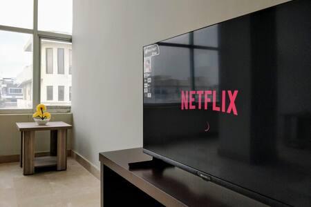 Modern 1BHK w/ Netflix+WiFi B-17 Near Taxila/Wah