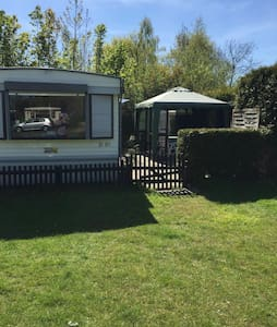 Wohnwagen auf 5 Sterne Campingplatz - Groenlo
