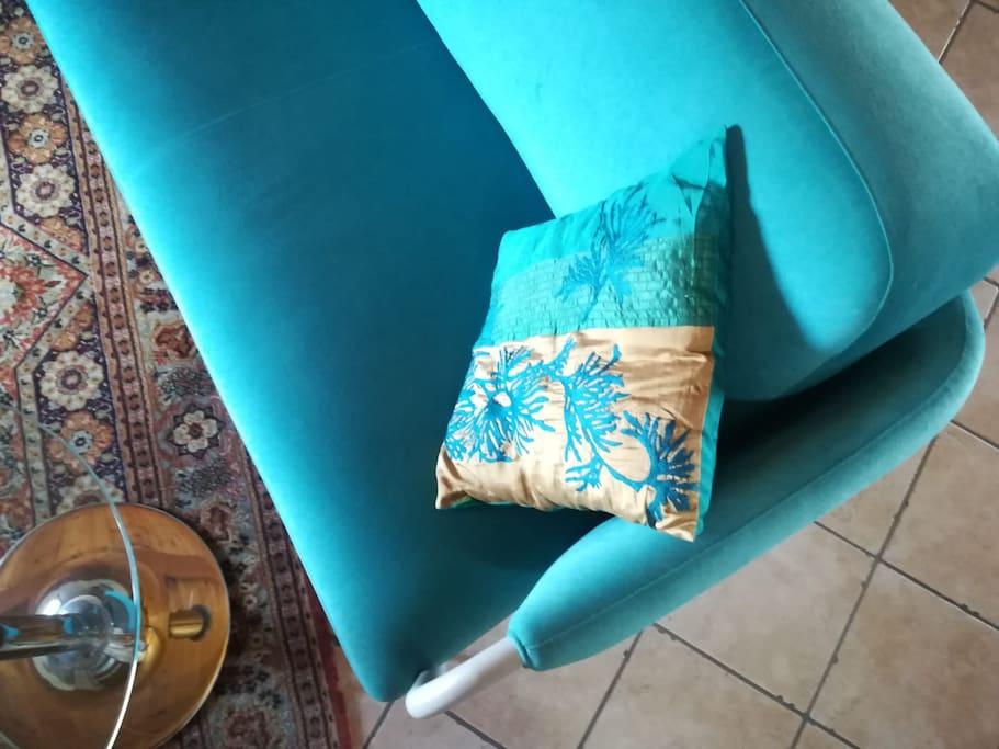 Living area/ Salottino