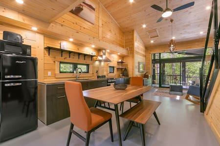 Muskoka's Luxury Tiny House