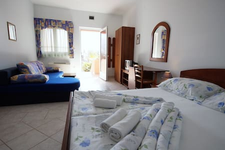 Cozy Studio - Krnica - Bed & Breakfast
