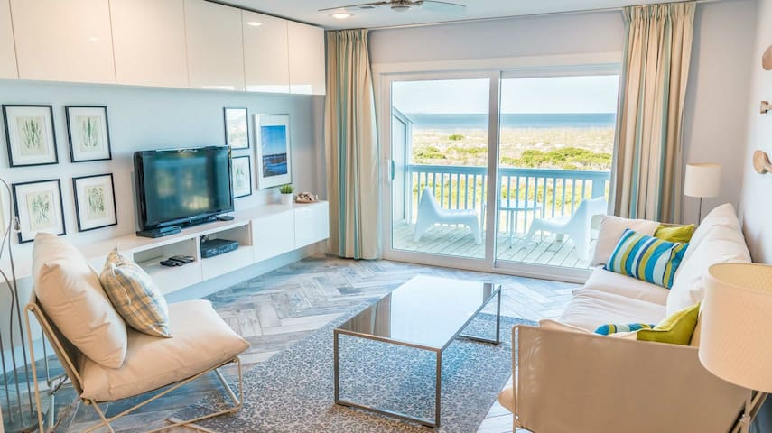 Oceanfront and Beachfront, Unforgettable Vacation