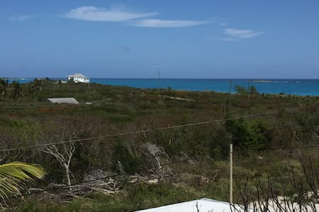3/3 CINNABAR A 'Peace' of History - Great Exuma - Hus
