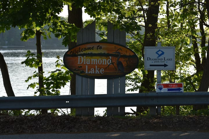 Welcome to Diamond Lake