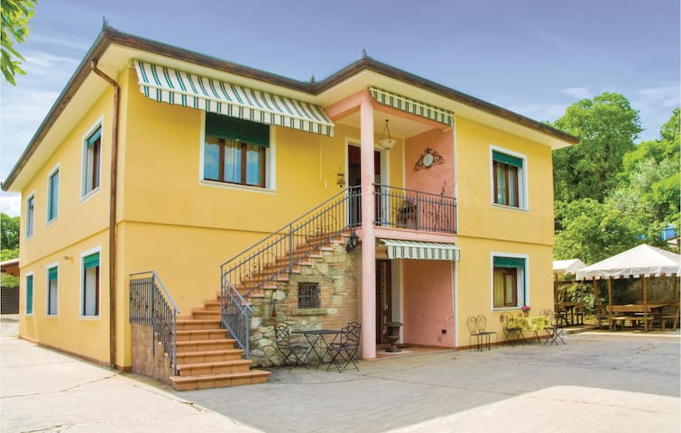 Holiday apartment with 2 bedrooms on 90m² in Arqua´Petrarca -PD-