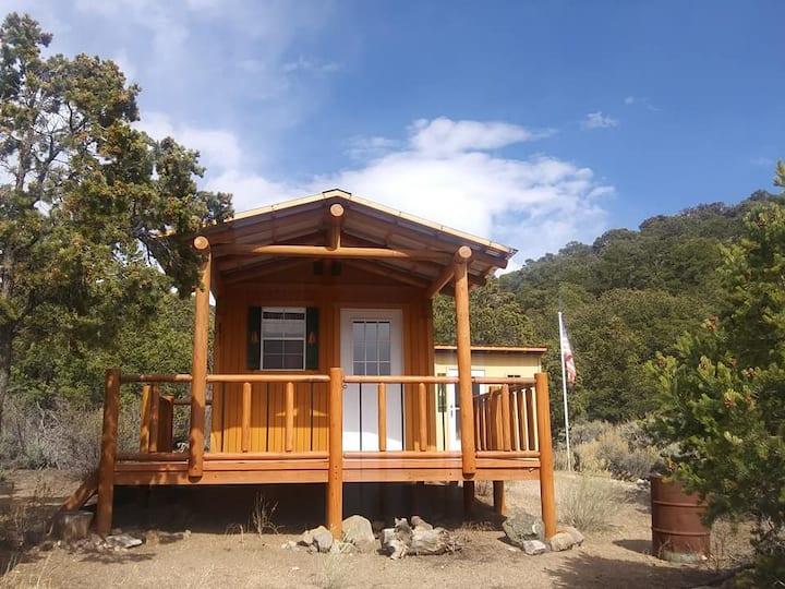 Cozy and rustic Sangre de Cristo Mountains Cabin