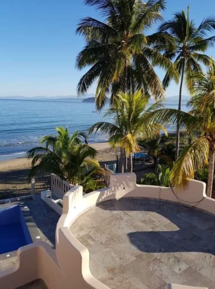 """Casita Estero"" Los Ayala Beachfront"